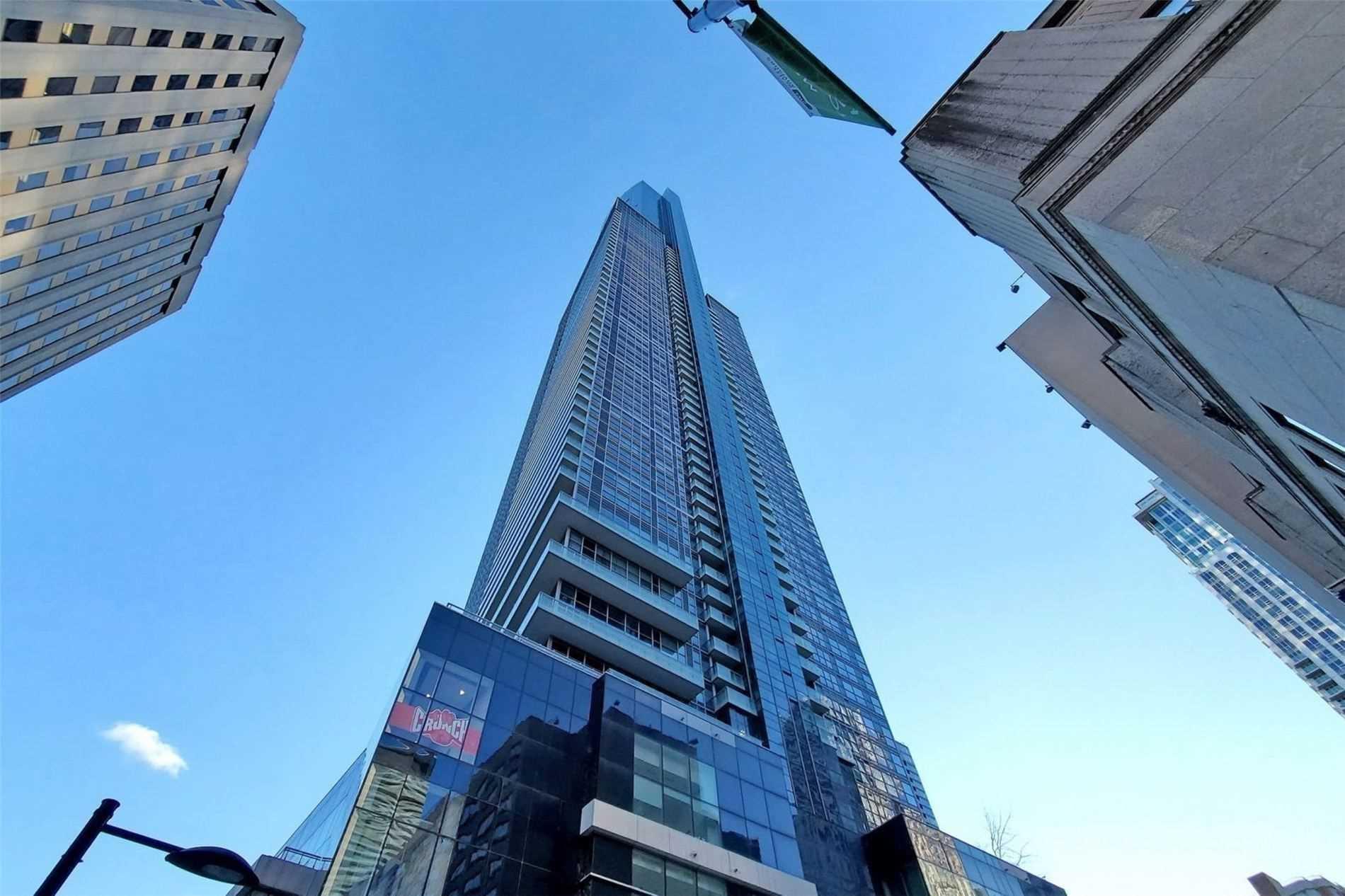 Condo Apt For Sale In Toronto , 1 Bedroom Bedrooms, ,1 BathroomBathrooms,Condo Apt,For Sale,6005,Yonge