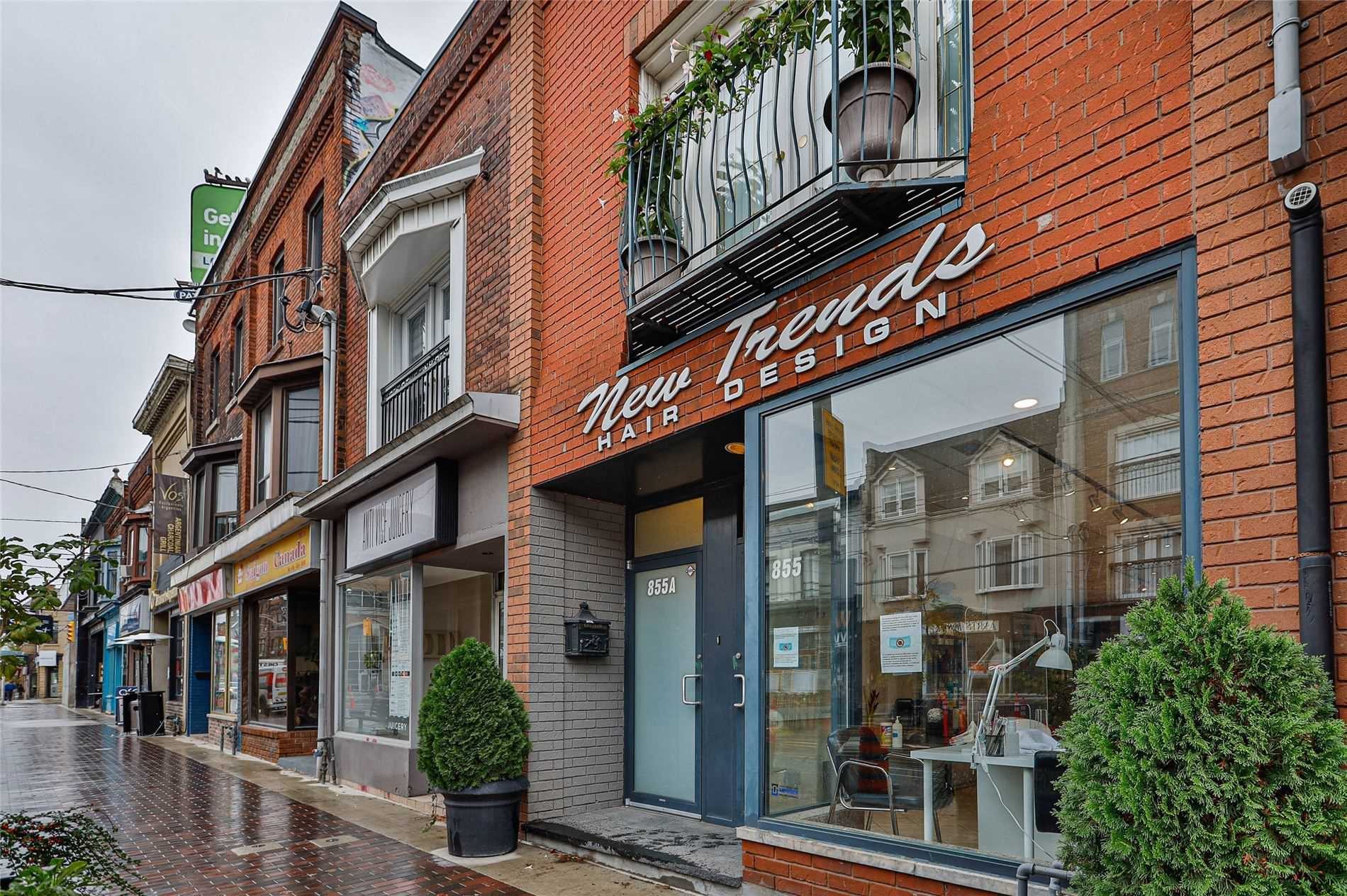 Store W/apt/office For Sale In Toronto , ,Store W/apt/office,For Sale,College