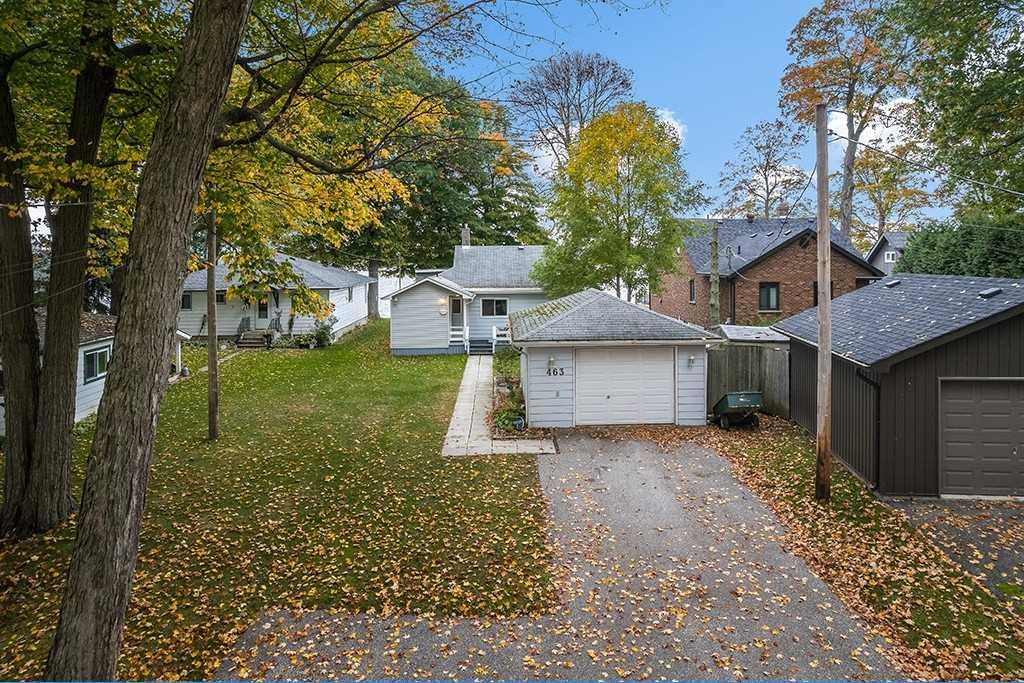 Detached house For Sale In Orillia - 463 Victoria Cres, Orillia, Ontario, Canada L3V 6H1 , 3 Bedrooms Bedrooms, ,2 BathroomsBathrooms,Detached,For Sale,Victoria