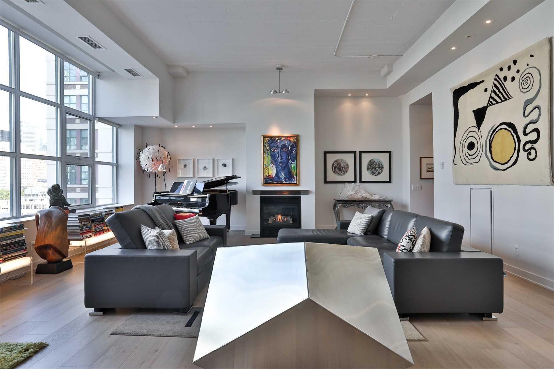 Condo Apt For Sale In Toronto , 2 Bedrooms Bedrooms, ,2 BathroomsBathrooms,Condo Apt,For Sale,754,Dalhousie