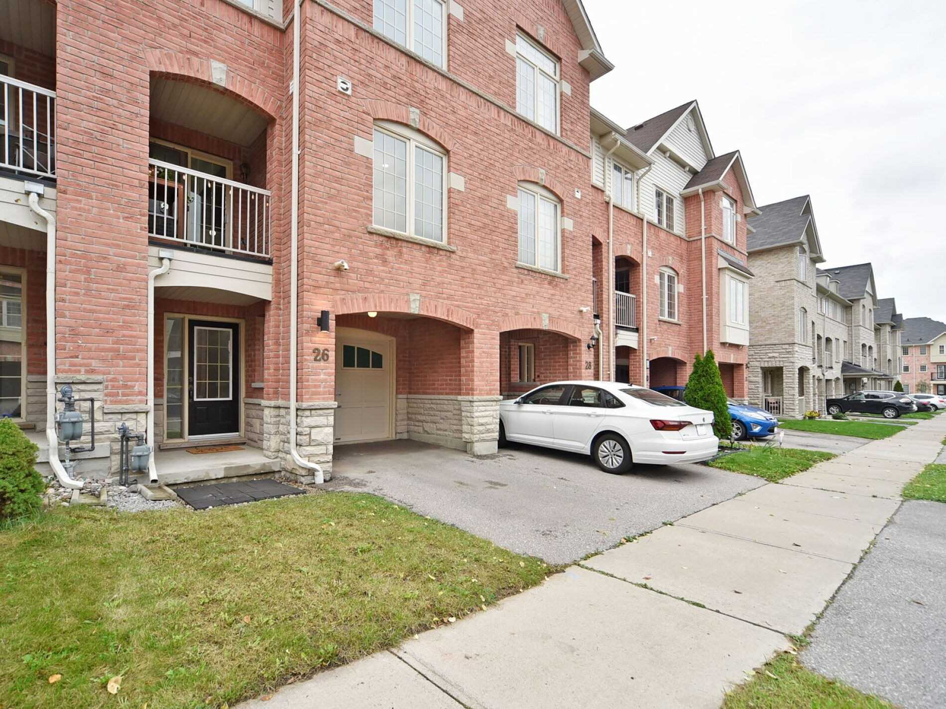 Att/row/twnhouse For Sale In AJAX , 2 Bedrooms Bedrooms, ,3 BathroomsBathrooms,Att/row/twnhouse,For Sale,Linnell