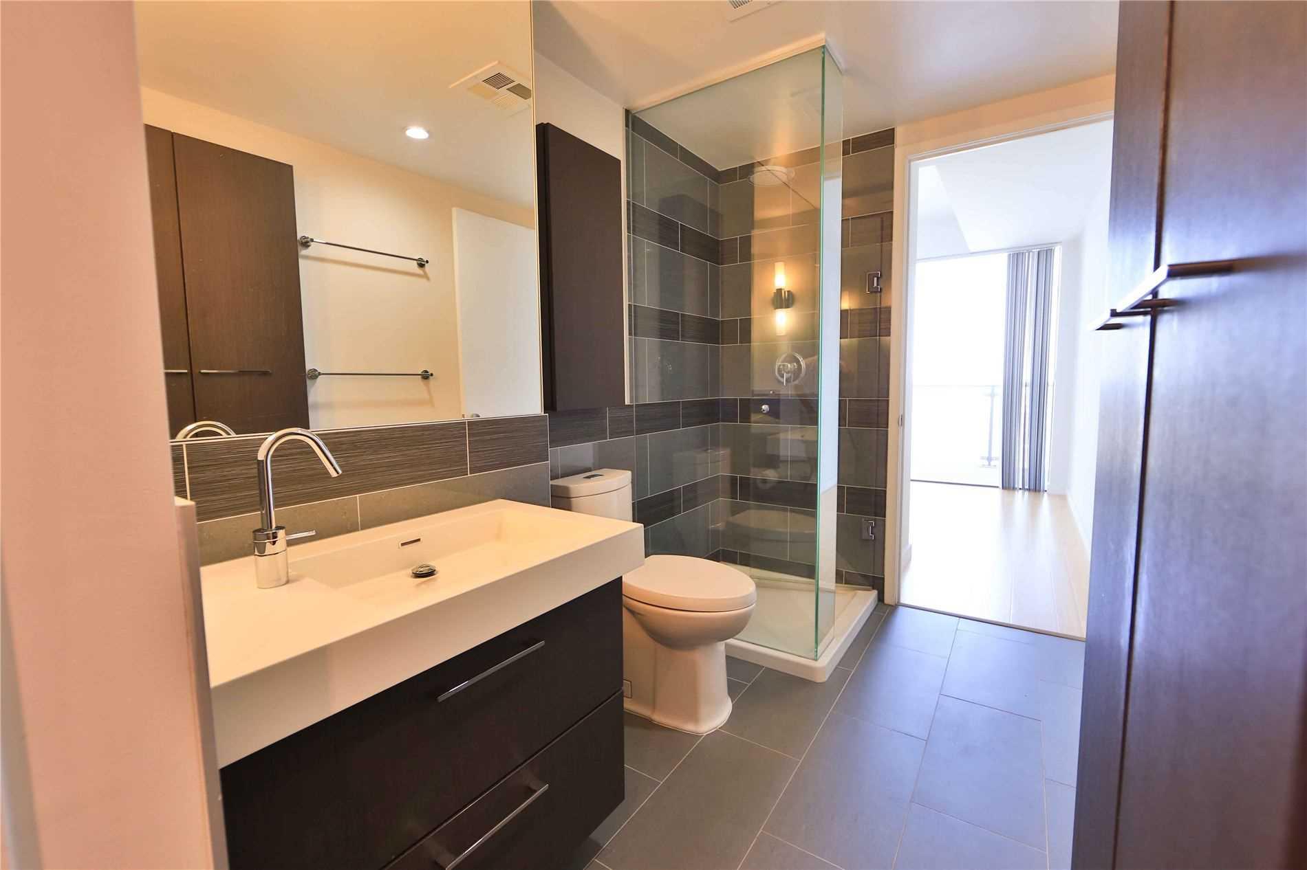 Condo Apt For Sale In Toronto , 2 Bedrooms Bedrooms, ,2 BathroomsBathrooms,Condo Apt,For Sale,3003,Distillery