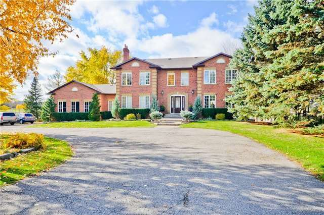 Detached house For Sale In Markham