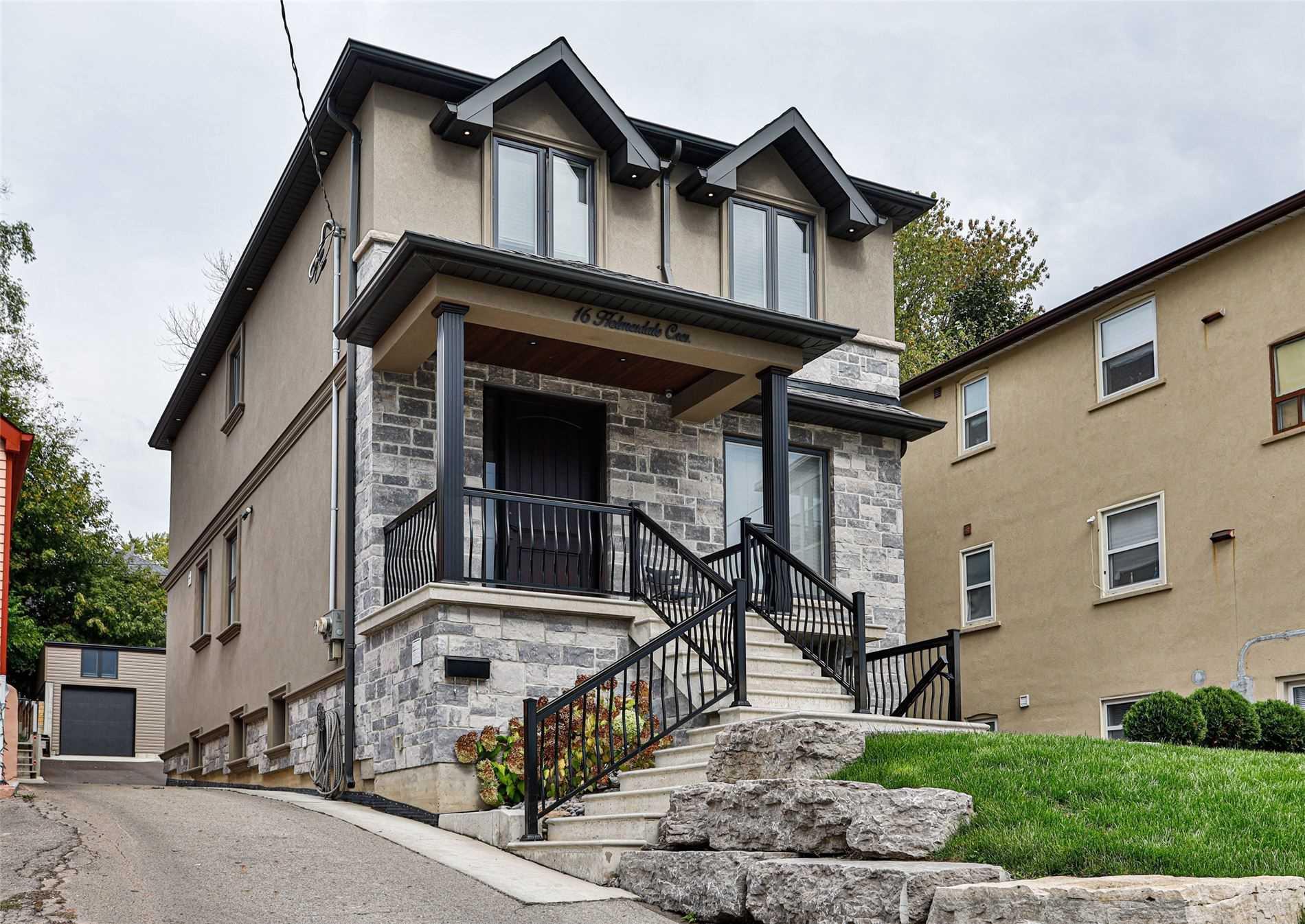 16 Holmesdale Cres, Toronto, Ontario M6E1Y5, 4 Bedrooms Bedrooms, 8 Rooms Rooms,4 BathroomsBathrooms,Detached,For Sale,Holmesdale,W5405060
