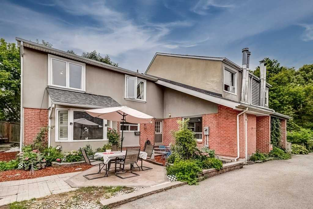 Semi-Detached For Sale In Mississauga
