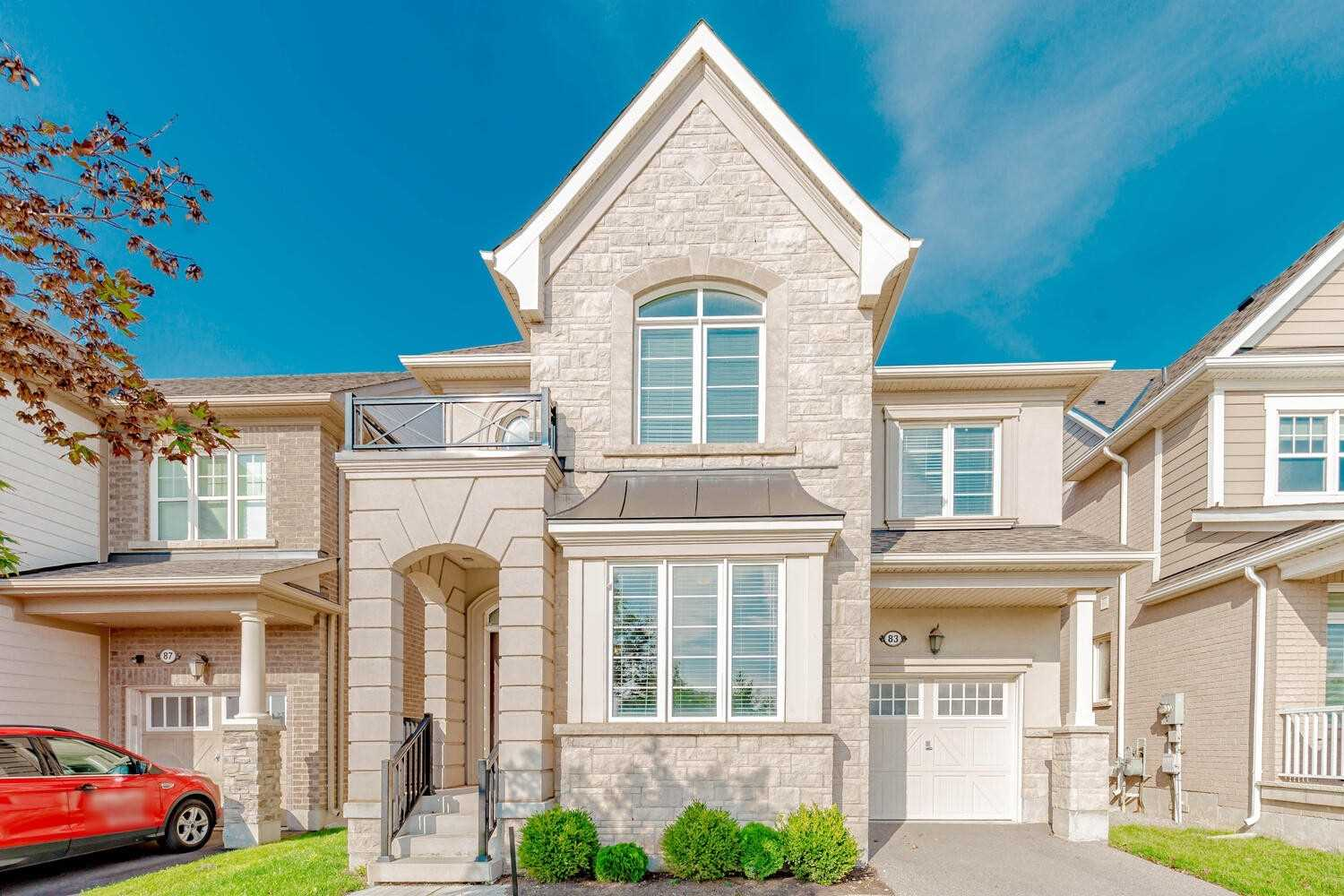 Detached house For Lease In Oakville