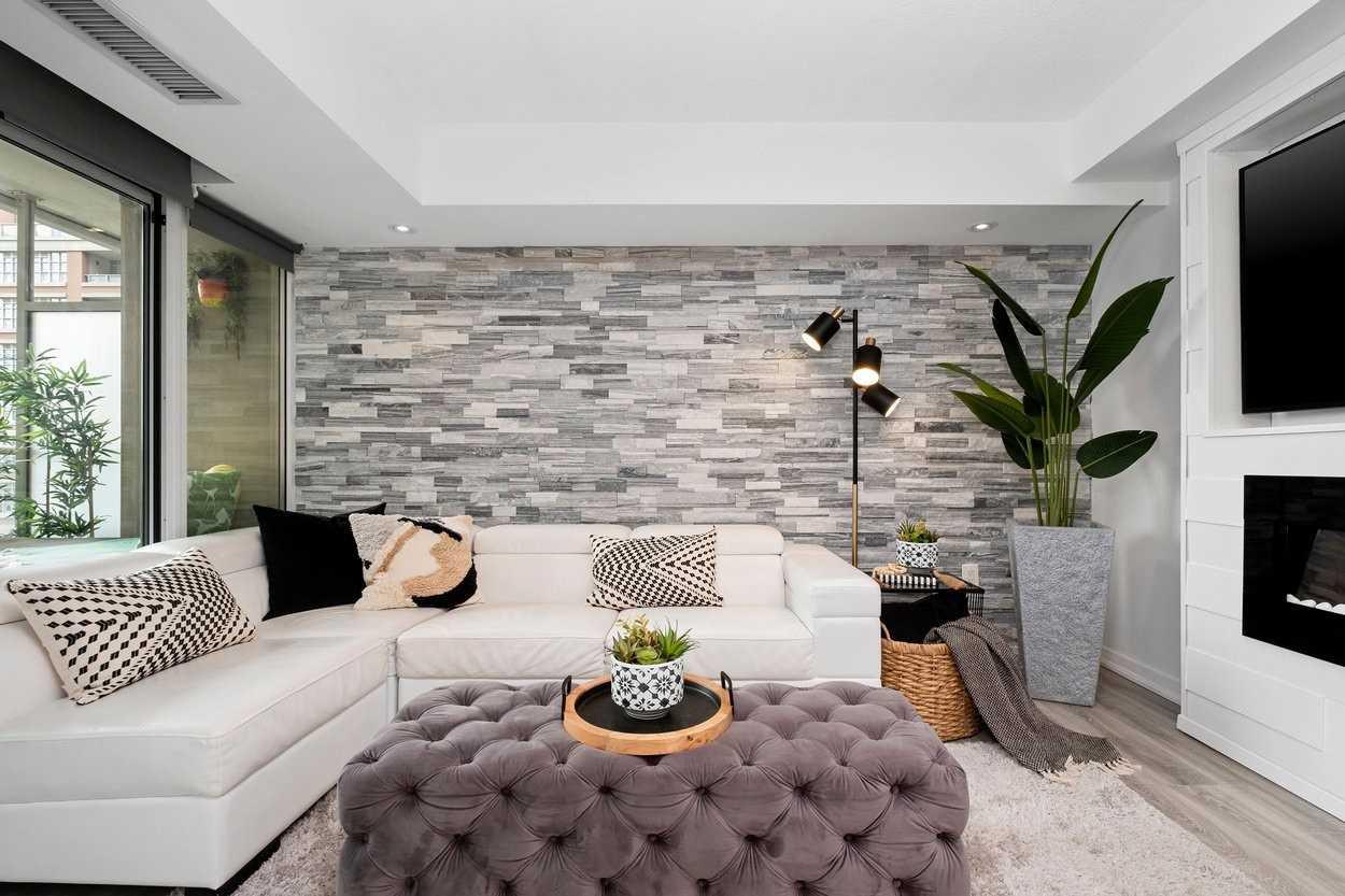Condo Apt For Sale In Toronto , 1 Bedroom Bedrooms, ,1 BathroomBathrooms,Condo Apt,For Sale,613,East Liberty