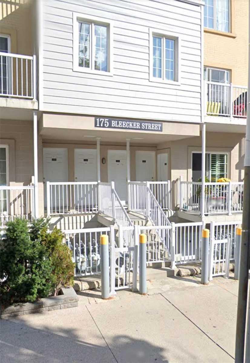 Condo Townhouse For Sale In Toronto , 1 Bedroom Bedrooms, ,1 BathroomBathrooms,Condo Townhouse,For Sale,216,Bleecker