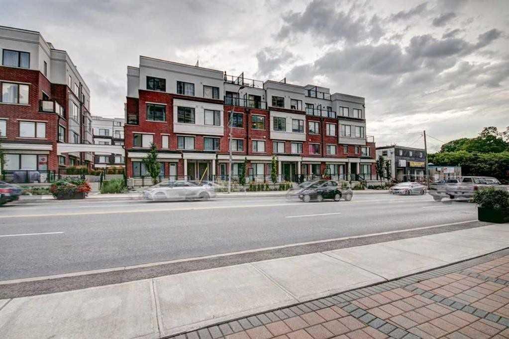 Condo Townhouse For Sale In Aurora , 2 Bedrooms Bedrooms, ,3 BathroomsBathrooms,Condo Townhouse,For Sale,102,Alex Gardner