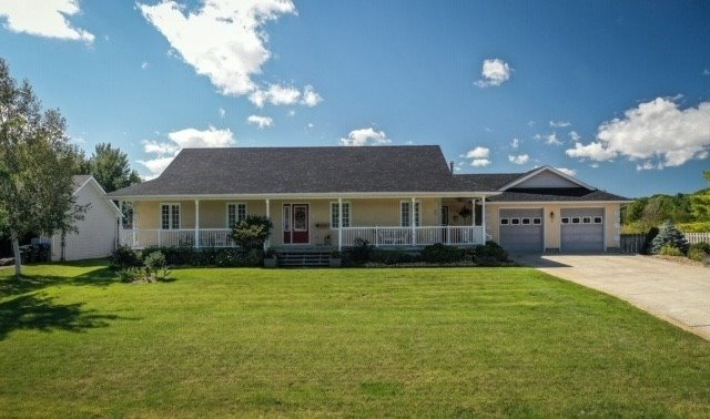 Detached house For Lease In Wasaga Beach