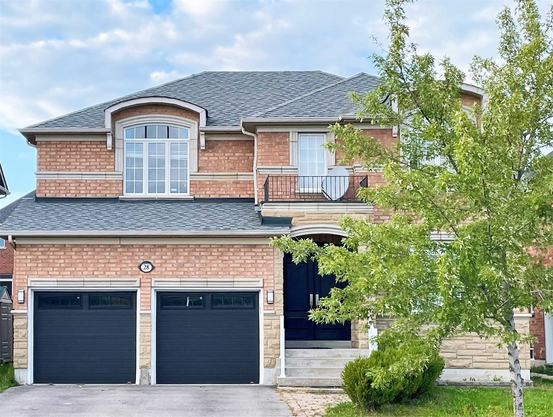 Detached house For Lease In Richmond Hill - 28 Jefferson Forest Dr, Richmond Hill, Ontario, Canada L4E4H9 , 4 Bedrooms Bedrooms, ,4 BathroomsBathrooms,Detached,For Lease,Jefferson Forest