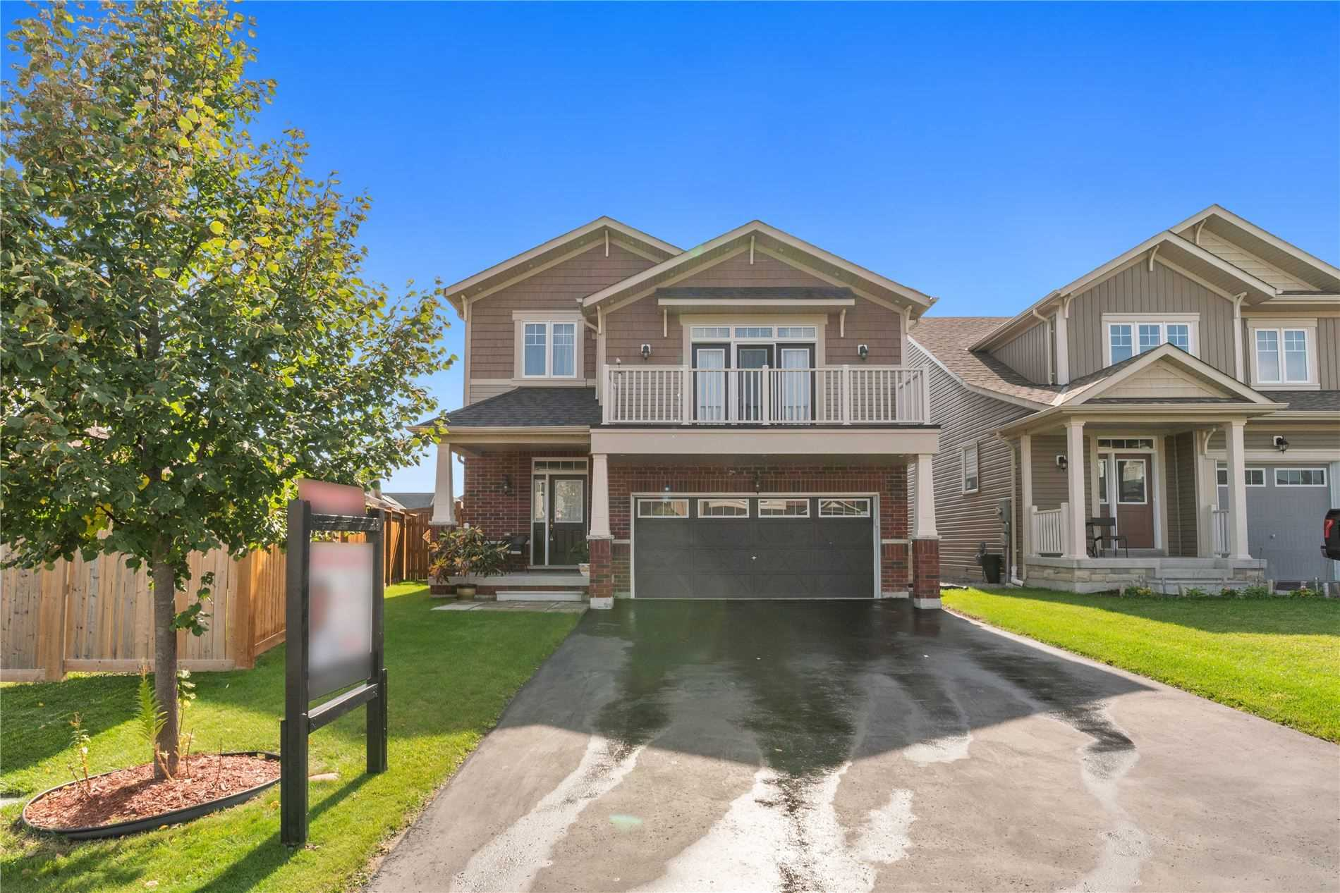 Detached house For Sale In Oshawa - 173 Sharavogue Ave, Oshawa, Ontario, Canada L1L0G4 , 3 Bedrooms Bedrooms, ,4 BathroomsBathrooms,Detached,For Sale,Sharavogue