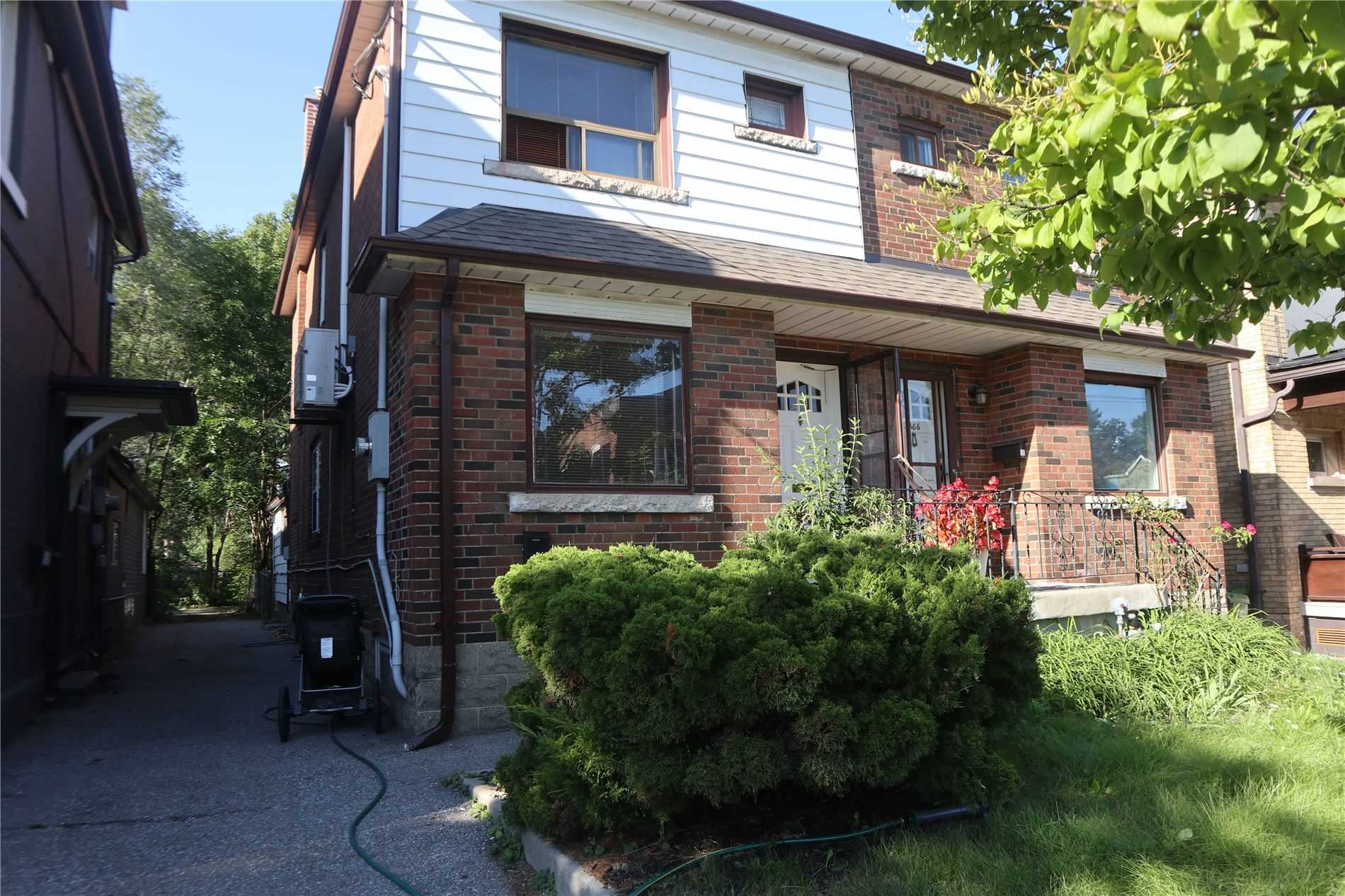 Semi-Detached For Lease In Toronto , 1 Bedroom Bedrooms, ,1 BathroomBathrooms,Semi-Detached,For Lease,Gerrard