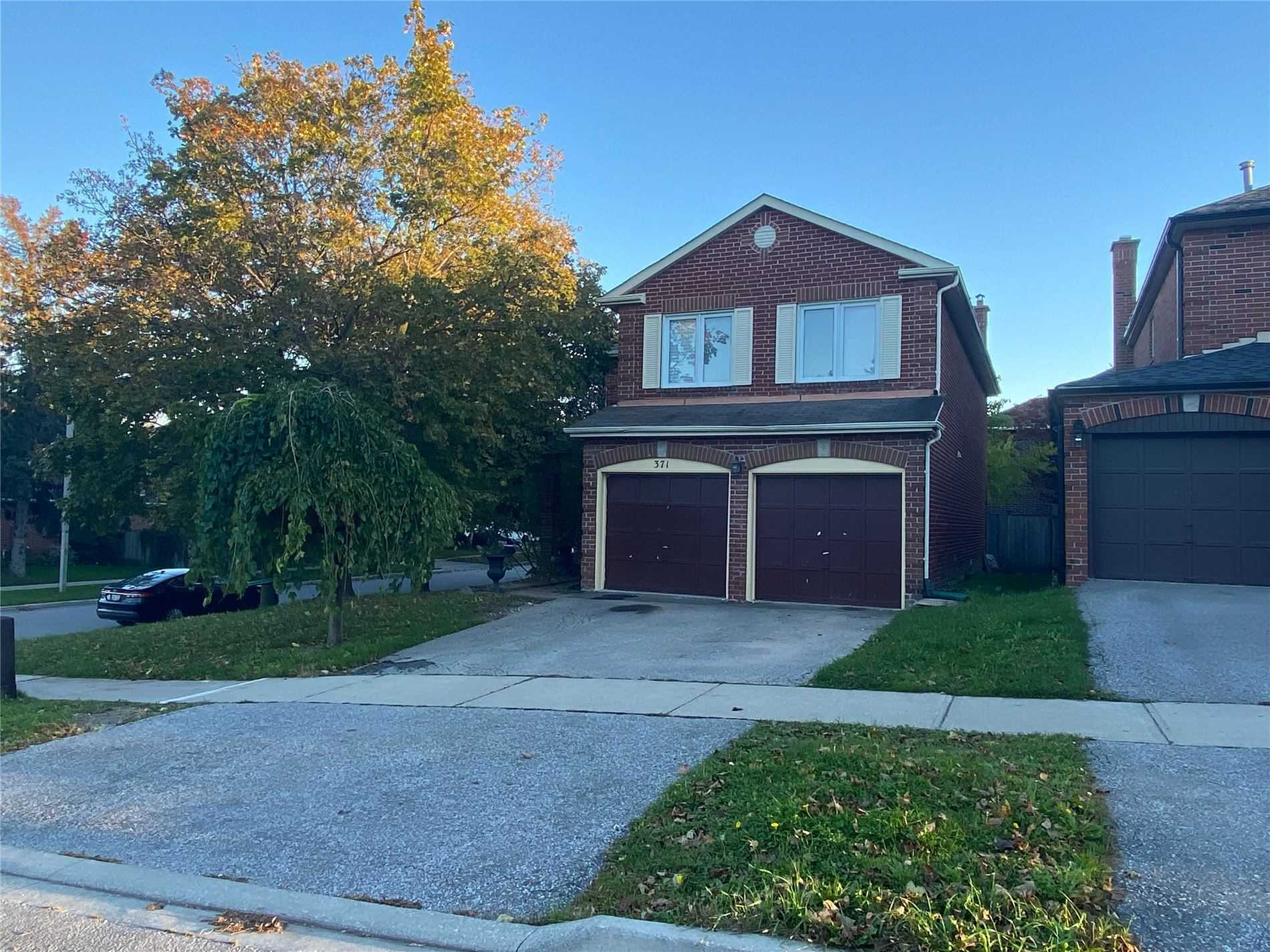 Detached house For Lease In Vaughan - 371 Spring Gate Blvd, Vaughan, Ontario, Canada L4J3C3 , 4 Bedrooms Bedrooms, ,4 BathroomsBathrooms,Detached,For Lease,Spring Gate