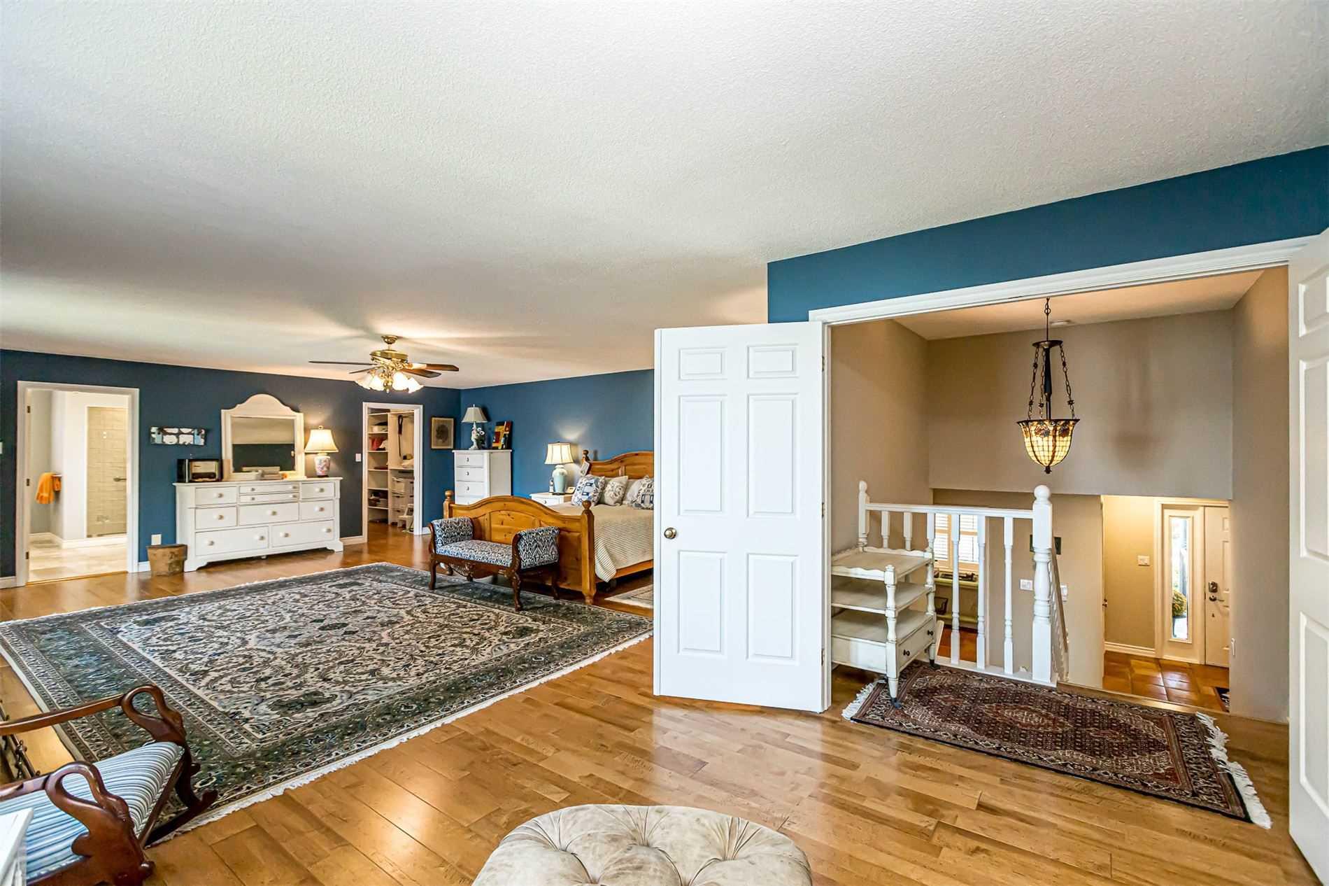 Detached house For Sale In Orillia - 83 Heyden Ave, Orillia, Ontario, Canada L3V6H1 , 5 Bedrooms Bedrooms, ,10 BathroomsBathrooms,Detached,For Sale,Heyden