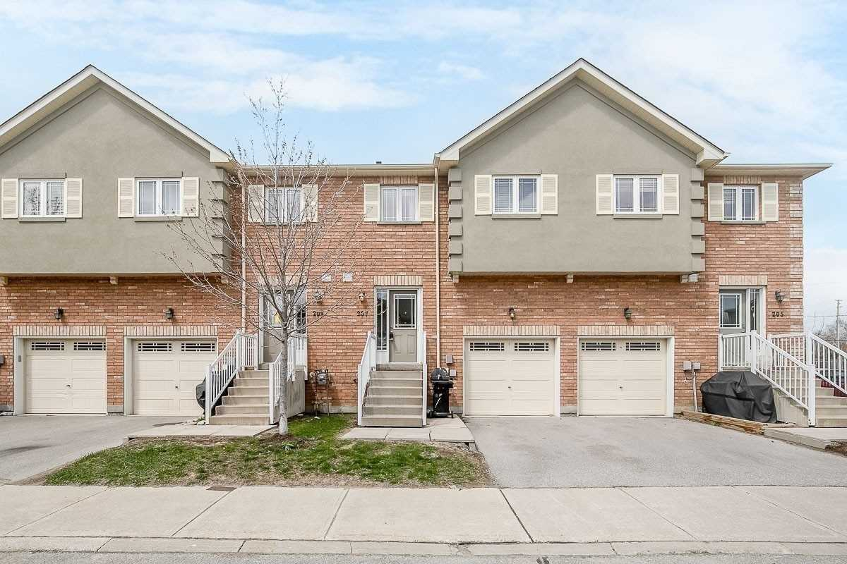 Att/row/twnhouse For Lease In Barrie , 3 Bedrooms Bedrooms, ,3 BathroomsBathrooms,Att/row/twnhouse,For Lease,Harvie