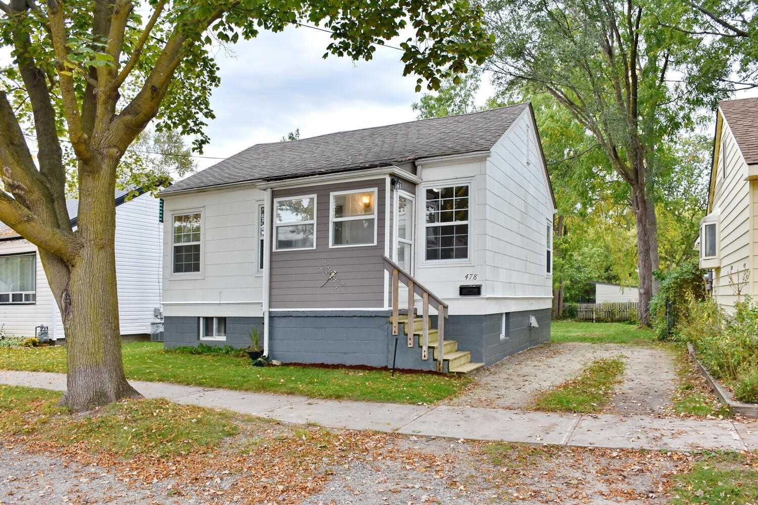 Detached house For Sale In Collingwood - 478 Maple St, Collingwood, Ontario, Canada L9Y 2S3 , 3 Bedrooms Bedrooms, ,1 BathroomBathrooms,Detached,For Sale,Maple