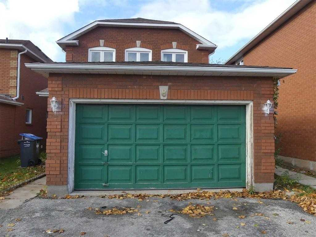Detached house For Lease In Brampton - 8 Bayview St, Brampton, Ontario, Canada L6X4P1 , 3 Bedrooms Bedrooms, ,3 BathroomsBathrooms,Detached,For Lease,Bayview
