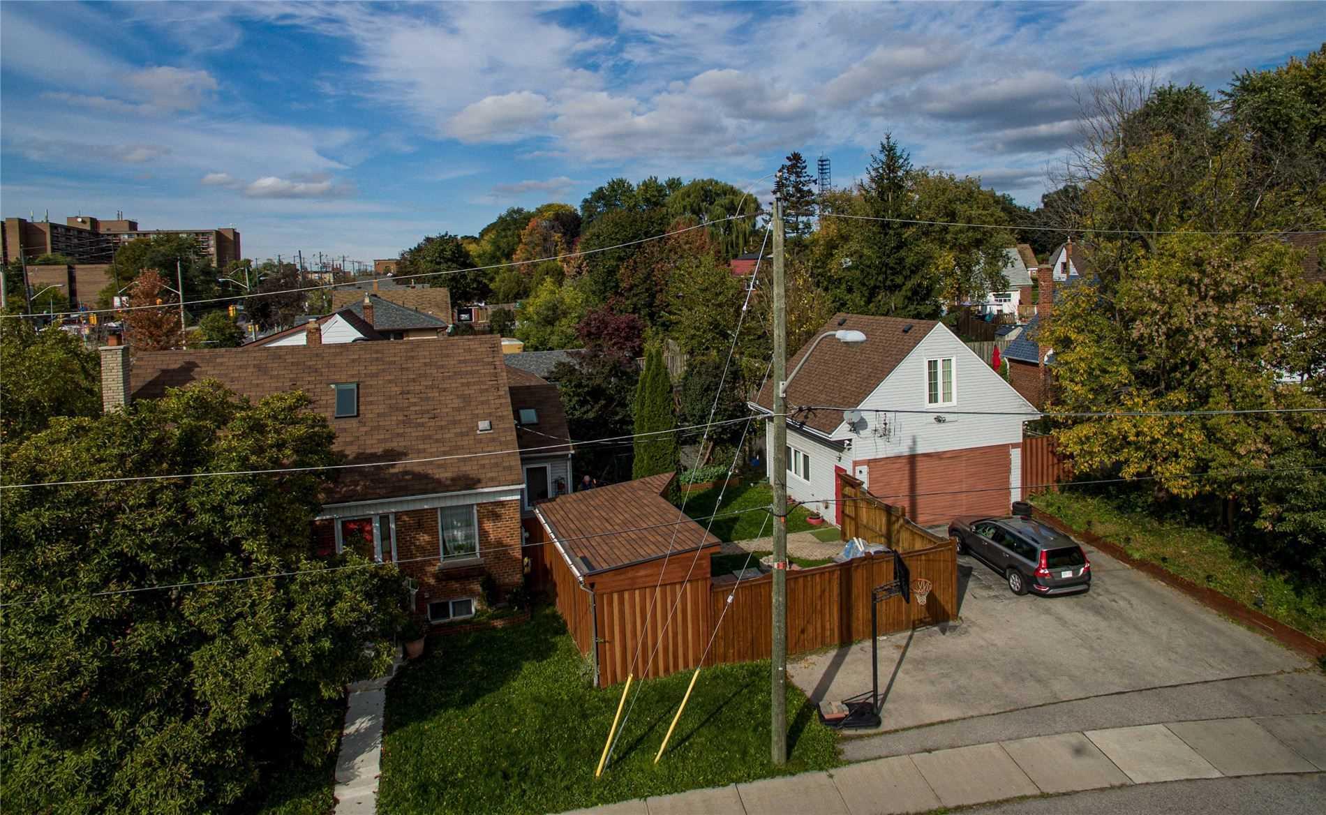 2 Valdane Dr, Toronto, Ontario M1L 2E9, 3 Bedrooms Bedrooms, ,4 BathroomsBathrooms,Detached,For Sale,Valdane,E5415554