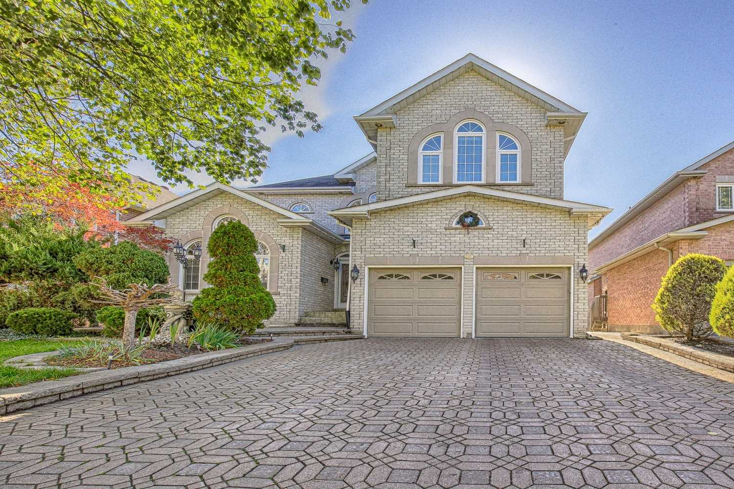 23 Woodlawn Rd, Markham, Ontario L3P 7G7, 4 Bedrooms Bedrooms, ,4 BathroomsBathrooms,Detached,For Sale,Woodlawn,N5415538